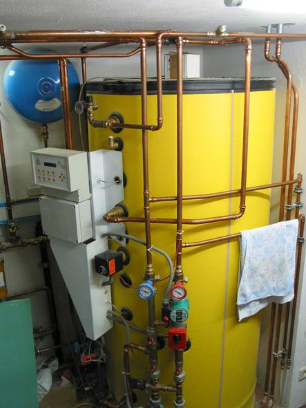 With cellar build certainly about future Oil and gas becomes expensive. Even if you start with a cheap gas heating, only with a cellar you have later enough place for the change on renewable energy.
