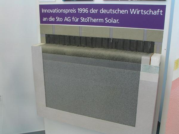 Translucent insulation 1996 won Sto with the transparent insulation the innovation prize of German commerce. At the low sun in winter, the wall behind the insulation is warmed up.