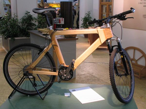 Mountainbike from wood Stefan Paumann brought with his wooden bicycle the most creativ technical project 2004/2005 at the wood technic school in Kuchl. The result is an only 11,8kg heavy mountain bike