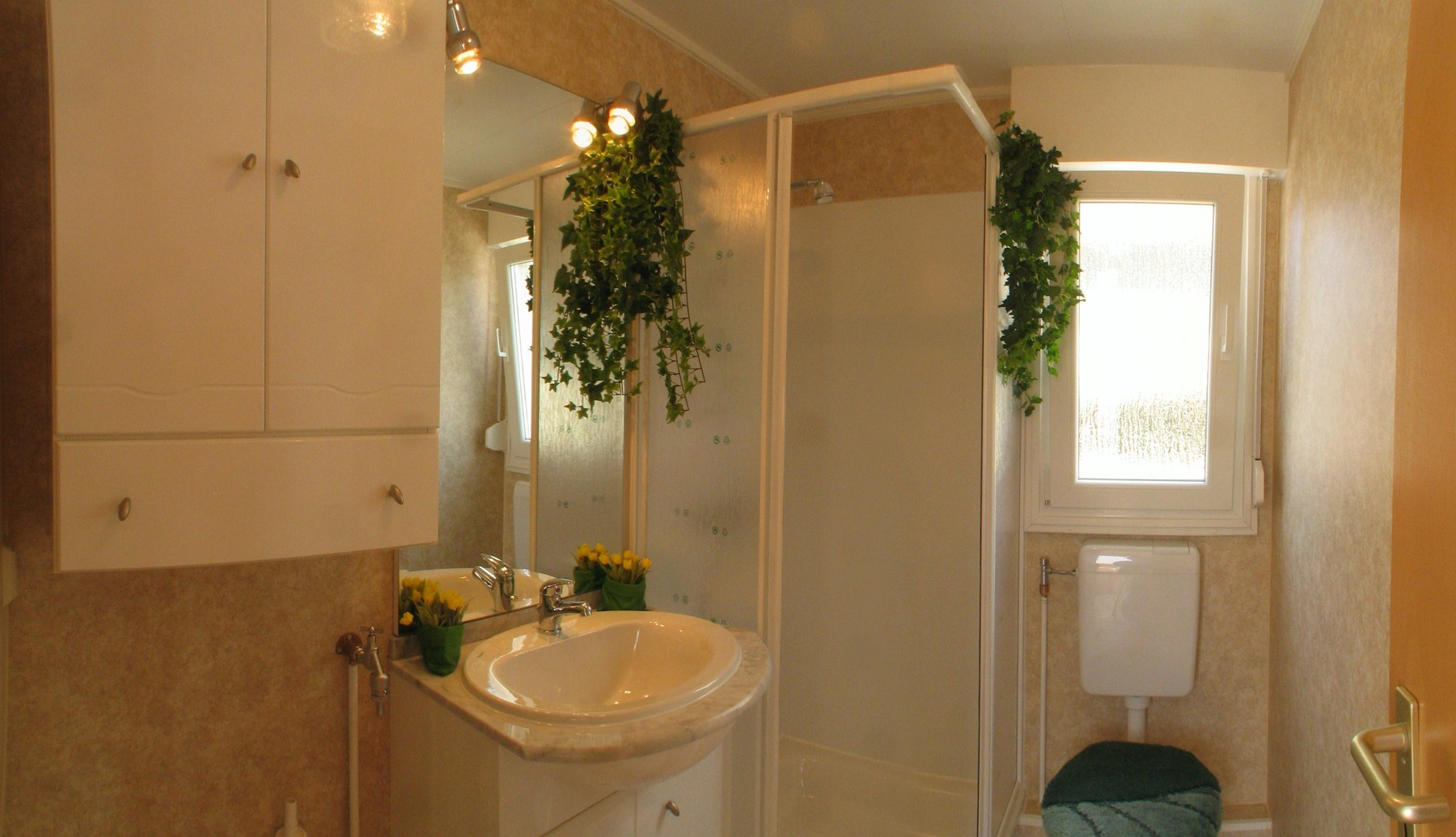 bath in tobs 1080 mobile home