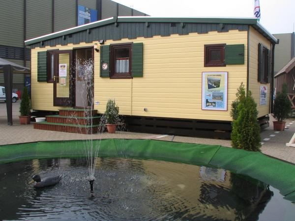 Tobs 840 mobile home fair model 2007 While the both bigger Tobs mobile homes are suitable as a main place of residence for 2 persons, this 8.4m long and 3.65m width model is designed for holidays and weekend.